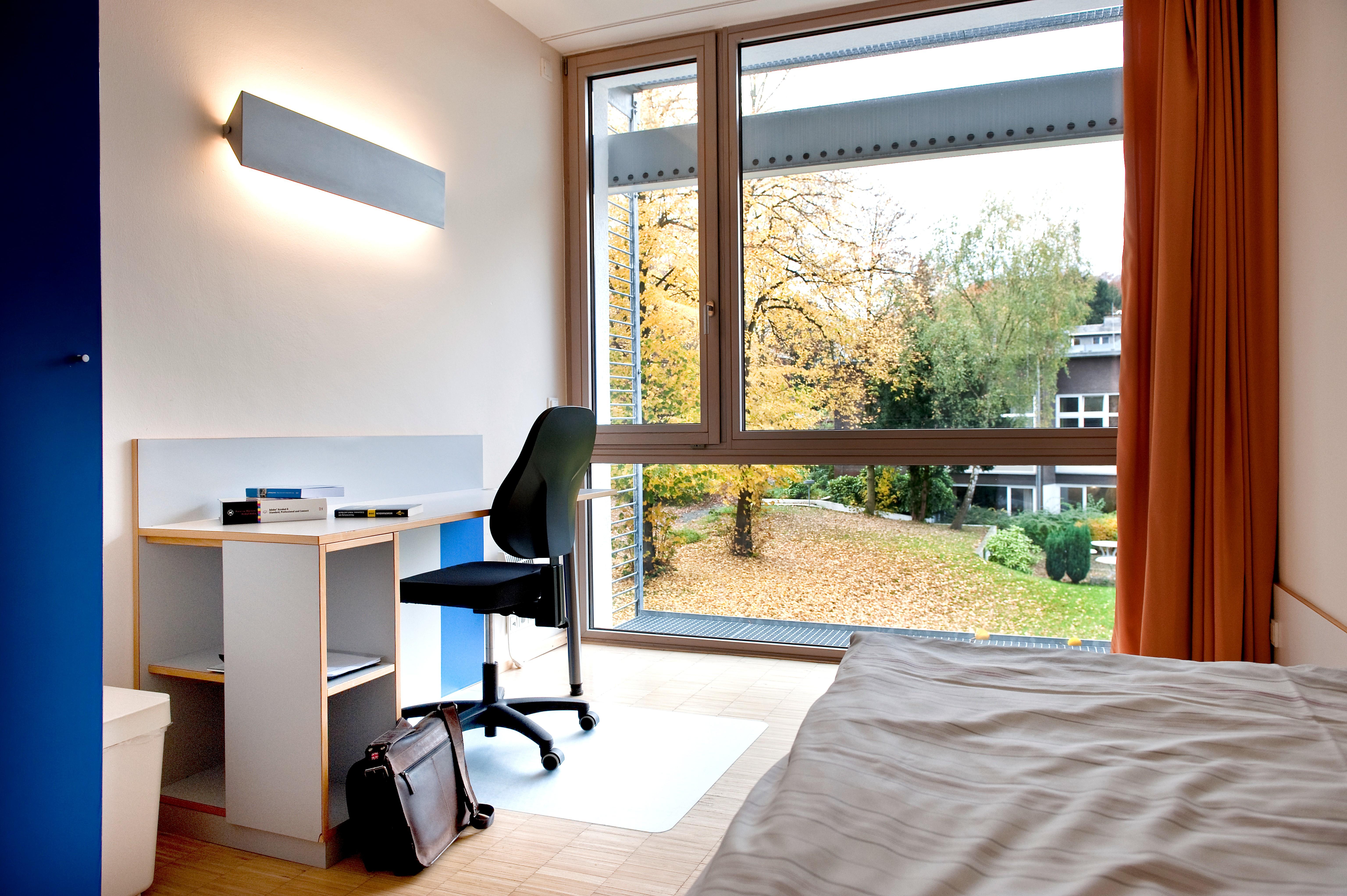 Zimmer der Bildungsherberge der Studierendenschaft der FernUniversität in Hagen